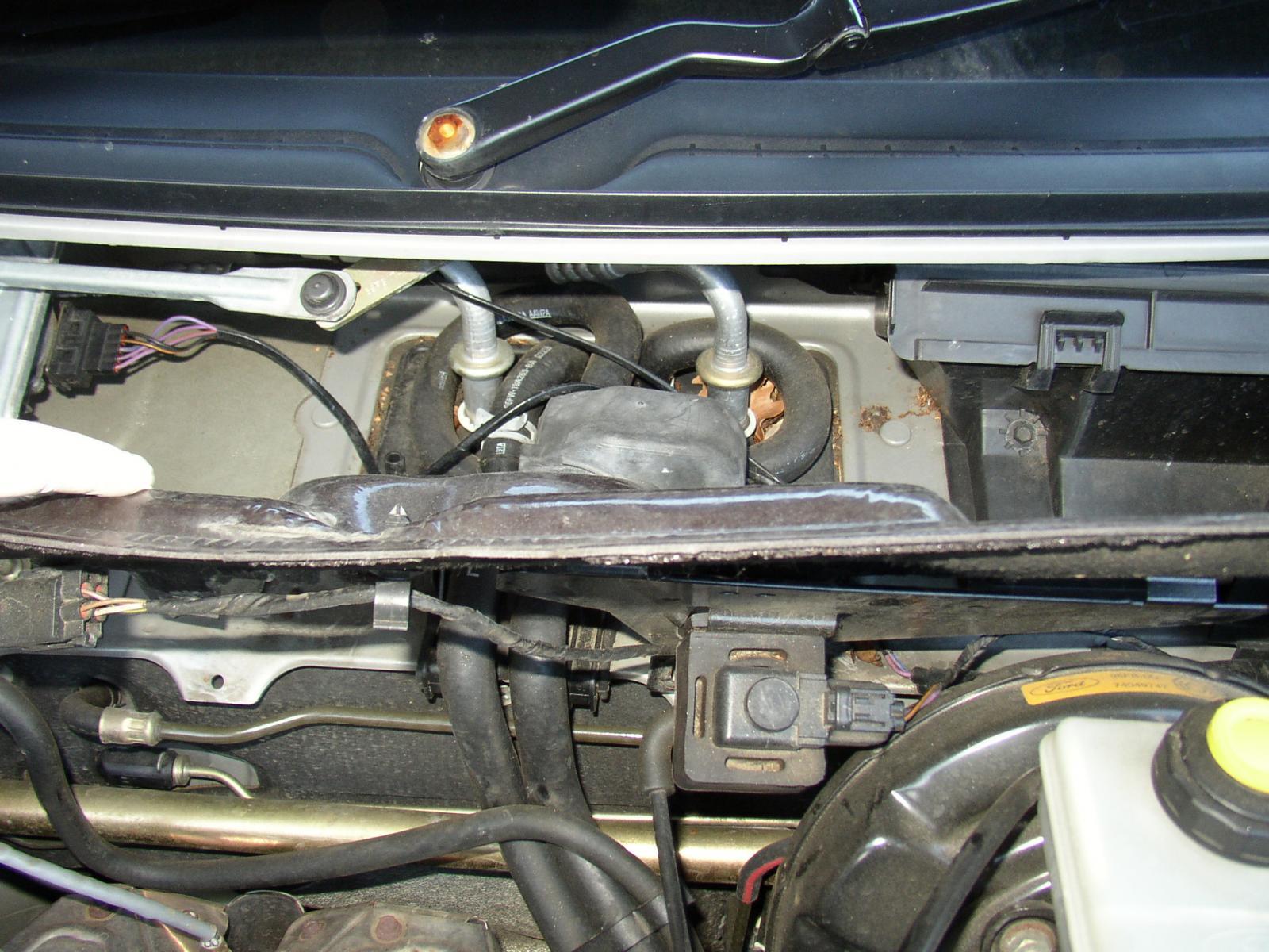 Ford Puma Heater Control Valve
